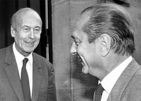 Valery Giscard dEstaing ja Jacques Chirac Pariisissa 26. huhtikuuta 1988.