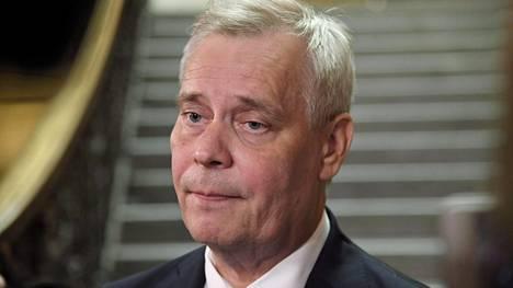EU-aiheiden ohella vaalitentissä puhuttiin myös hallitusneuvottelujen teemoista. Hallitusneuvottelija Antti Rinne kuvattiin torstaina Säätytalolla.