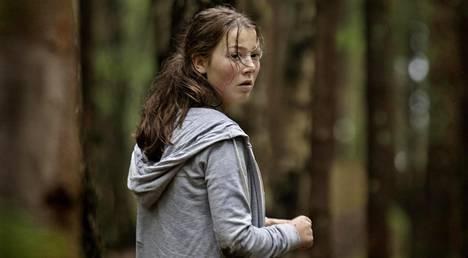 Andrea Berntzen näyttelee Kajaa.