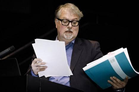 Suomen elokuvasäätiön toimitusjohtaja Lasse Saarinen puhui syyskuussa tilaisuudessa, jossa käsiteltiin Jaana Paanetojan selvitystä häirinnästä elokuva- ja teatterialalla.