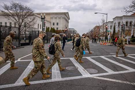 Washingtonissa on nyt enemmän amerikkalaisia sotilaita kuin maissa, joissa Yhdysvallat käy sotaa.
