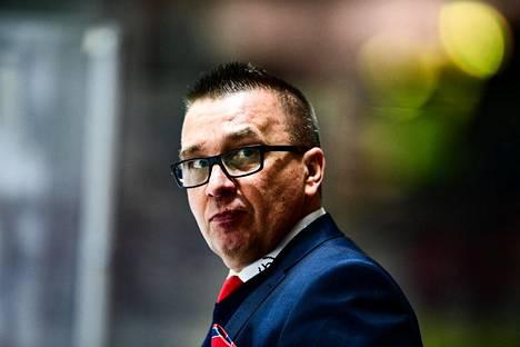 Ari-Pekka Selin sanoi HIFK:n pelikurin pettäneen.