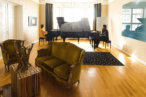 Maria Männikkö ja Pauli Kari on turkulainen ex-pariskunta, nykyinen pianoduo.