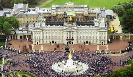 Bernie Ecclestone haluaa F1-kisan Lontooseen Buckinghamin palatsin maisemiin.