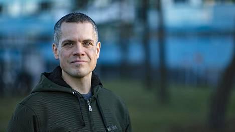 Ville Holmberg on yksi paperittomille suunnatun Global Clinicin perustajista. Hän toivoo, ettei klinikkaa jonain päivänä tarvittaisi.