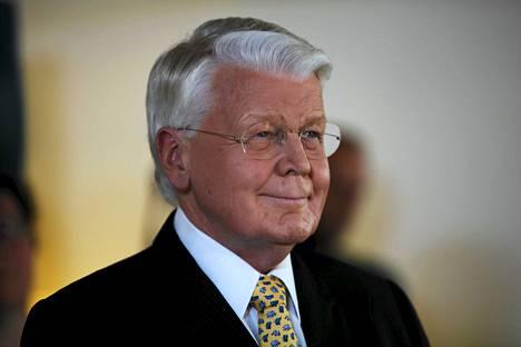 Islannin presidentti Olafur Ragnar Grimsson nousee jatkokaudelle.
