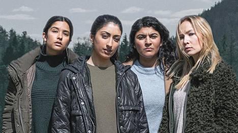 Anila (vas.), Sumera, Ambar ja Charlotte ovat sarjan päähenkilöt.