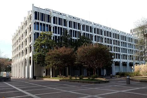 Memphisin kaupungintalon julkisivussa on käytetty Lasa Bianco Nuvolato -marmoria. Kuva vuodelta 2016.