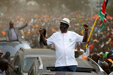 Oppositiojohtaja Raila Odinga saapui poliittisen tilaisuuteen Nairobissa 18. lokakuuta.