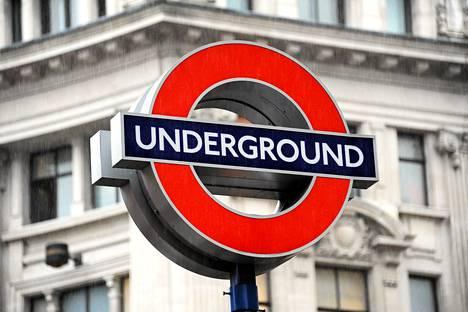 Oxford Circuksen metroasema Lontoossa.