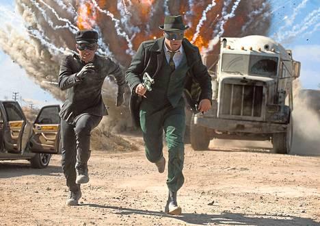 Seth Rogen on Hornet (vas.), Jay Chou on Kato.