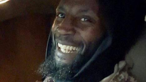 Isisin julkaisema kuva Abu Zakariya al-Britanista.