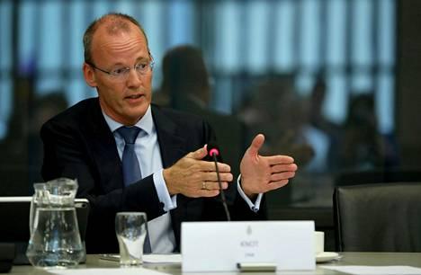 EKP:n neuvoston jäsen, Hollannin keskuspankin pääjohtaja Klaas Knot