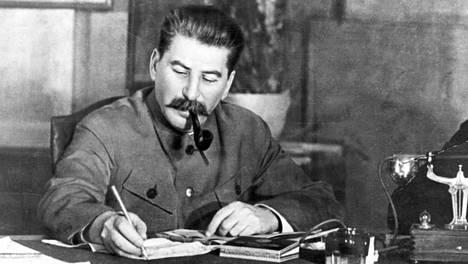 Josif Stalin (1922–1953)