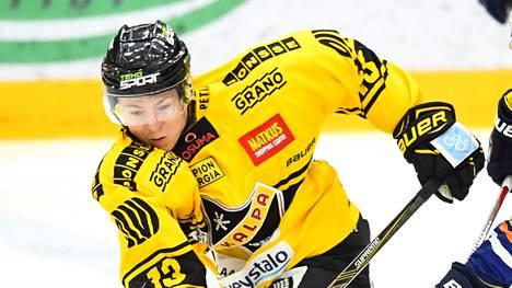Jesse Mankinen pelasi kaudella 2016-2017 KalPassa.