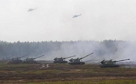 Sotakalustoa Zapad-harjoituksissa Valko-Venäjällä syyskuussa.