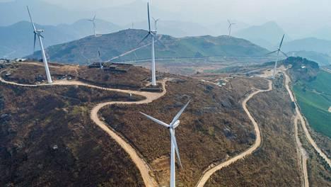 Tuulipuisto Dongyangin kaupungin lähellä on korvannut 52 tonnia hiiltä vuosina 2010–2017. Tuulipuisto vähensi samalla jaksolla hiilidioksidin päästöjä noin 138 tonnin edestä.
