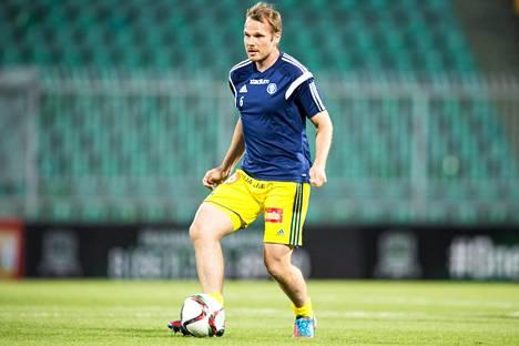 Markus Heikkinen pelasi AC Oulua ennen HJK:ssa vuosina 2014–2015.