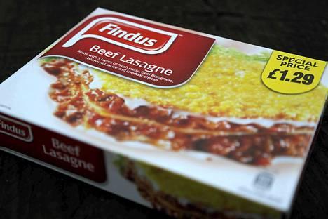 Jopa kolmannes aikuisista briteistä on lopettanut valmisaterioiden syönnin hevosenlihakohun seurauksena. Kuvassa oleva lasagnepakkaus vedettiin lontoolaisen elintarvikeliikkeen hyllyltä kun paljastui, että se sisälsi hevosenlihaa naudanlihan sijasta.