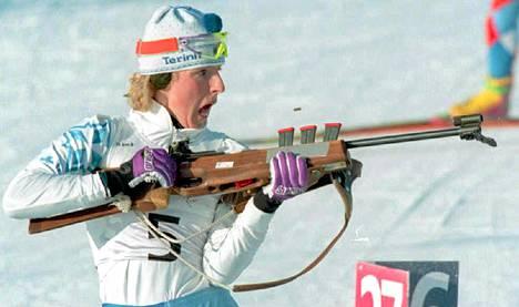 Tuija Sikiö kilpaili naisten ampumahiihdossa Lillehammerissa.