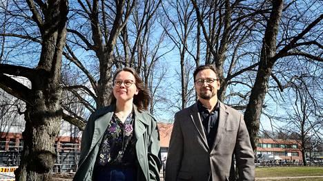 Kiinteistötaloustieteen tutkijat Sanna Ala-Mantila ja professori Seppo Junnila sanovat, että Helsinki päästää itsensä ilmastonmuutoksen vastaisessa taistelussa liian helpolla.