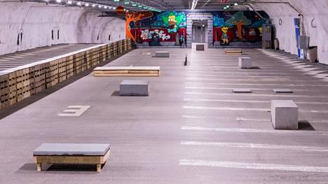 Redin parkkihalliin avattavaa uutta skeittitilaa kuvaillaan aukiomaiseksi plazaksi.