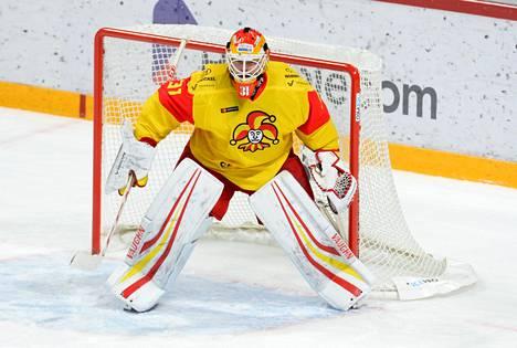 Antti Niemi pelasi pitkästä aikaa Jokereiden maalilla.