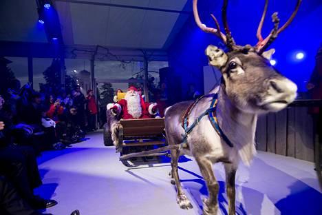 Alibaban tytäryhtiön Alitripin uusi brändi lanseerattiin joulupukin voimin Rovaniemellä torstaina. Alitrip aikoo tuoda ensi vuonna 50 000 kiinalaisturistia Rovaniemelle.