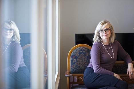 Kulttuuriantropologi Taina Kinnunen kiinnostui Piilaakson suomalaisinsinöörien elämästä.