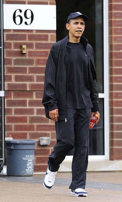 Barack Obama treenien jälkeen lokakuussa 2009.