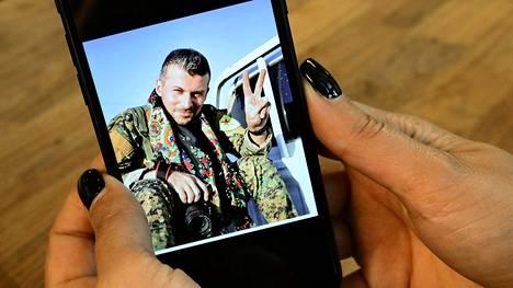 Raqqan taisteluissa kuollut Mehmet Aksoy piti säännöllisesti yhteyttä läheiseen suomalaiseen ystäväänsä Gelawej Viyaniin.