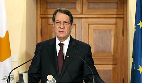Kyproksen presidentti Nikos Anastasiades piti sunnuntaina televisiopuheen maansa lainaohjelmasta ja sen kovista ehdoista.