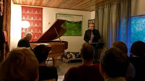 Kotikonsertti Vantaan Koivupäässä.