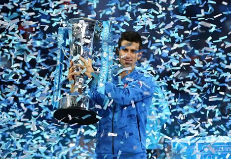 Novak Djokovic juhli taas kauden finaaliturnauksen voittoa.
