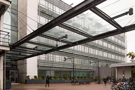 Biomedicum on muun muassa lääketieteellisen tiedekunnan rakennus Helsigin Meilahdessa. Lääketieteellinen ala on yksi kilpailuimmista aloista.