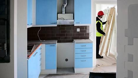 Jätkäsaareen valmistui vuonna 2016 uusi Hoasin talo, jossa reilusti yli puolet asunnoista oli yksiöitä. Hoasilla on 18500 asukasta noin 10000 asunnossa.