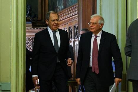 Venäjän ulkoministeri Sergei Lavrov ja EU:n ulkosuhteista vastaava korkea edustaja Josep Borrell perjantaina 5. helmikuuta Moskovassa.