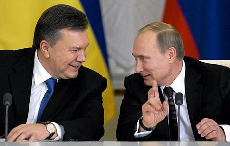 Ukrainan entinen presidentti Viktor Janukovytšs ja Venäjän presidentti Vladimir Putin Moskovassa joulukuussa 2013.