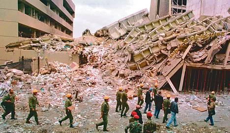 Yhdysvaltojen suurlähetystöön tehdyssä pommi-iskussa 7. elokuuta 1998 kuoli yli 200 ihmistä. Lauantaina kiinniotettua Abu Anas al-Libiä epäillään iskun suunnittelijaksi.
