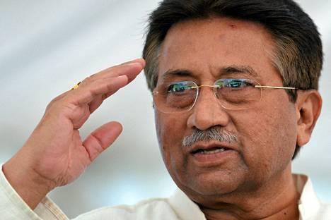 Pervez Musharrafia vastaan on vireillä useita oikeusjuttua.