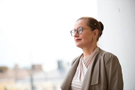 Helsingin kasvatuksesta ja koulutuksesta vastaava apulaispormestari on kokoomuksen Pia Pakarinen.