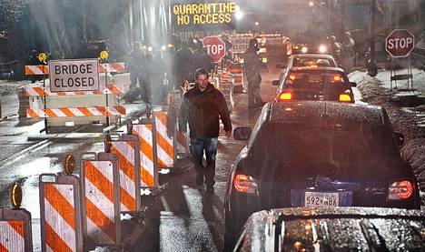 Matt Damon esittää pääosaa Steven Soderberghin menestyselokuvassa Tartunta (Contagion, 2011), joka on realistinen kuvaus tappavasta pandemiasta. Elokuvan katselumäärät nettipalveluissa kasvavat.