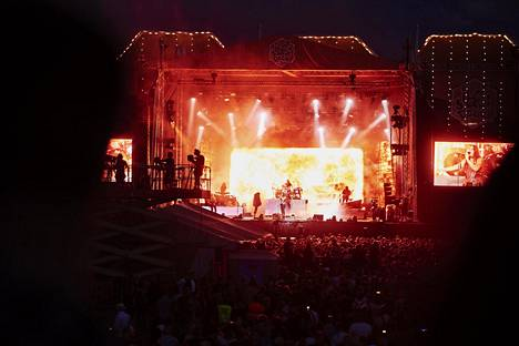 Nightwish oli Ilosaarirockin perjantain pääesiintyjä.