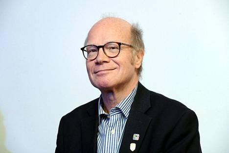Kimmo Sasi asettuu kokoomuksen ehdokkaaksi eurovaaleissa.