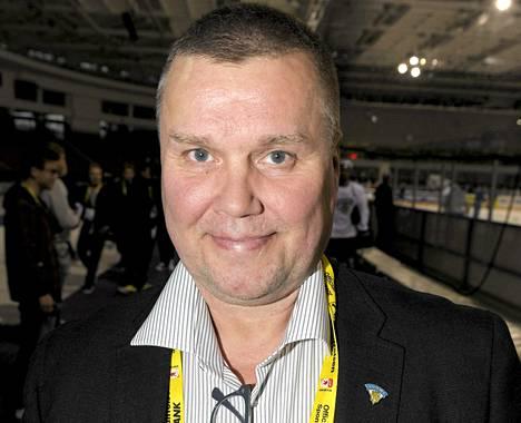 Timo Jutila työskentelee MM-kisoissa Leijonien joukkueenjohtajana.