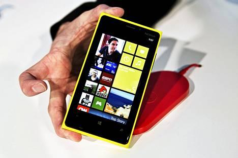 Nokia julkisti Lumia 920 -puhelimen kuun alussa New Yorkissa.