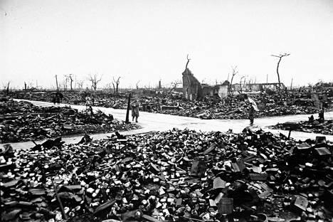 Hiroshiman rauniot Japanissa atomipommin jälkeen