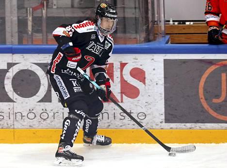 Robert Rooba siirtyy Jypistä KHL:ään.