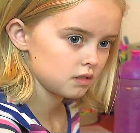 Yhdeksänvuotiasta Astridia pelottavat monet arkiset asiat.