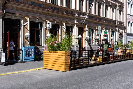 Kalevankadulla sijaitseva Mikkeller on tanskalainen käsityöolutmerkki. Mikkeller-baareja on ympäri maailmaa.
